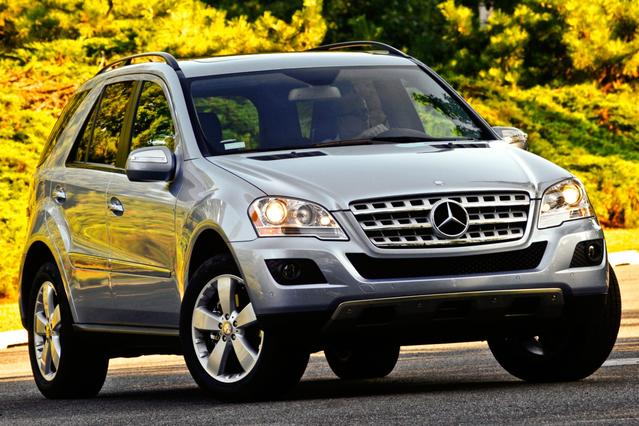 2010 Mercedes-Benz M-Class ML 350 Slide 0