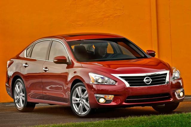2015 Nissan Altima 2.5 S 4dr Car Hillsborough NC