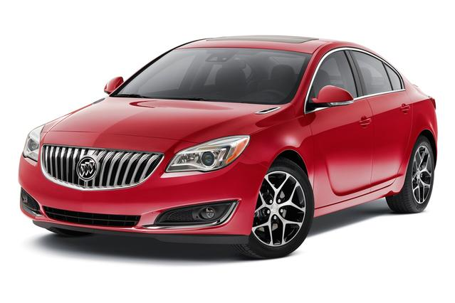 2016 Buick Regal GS 4dr Car Slide 0