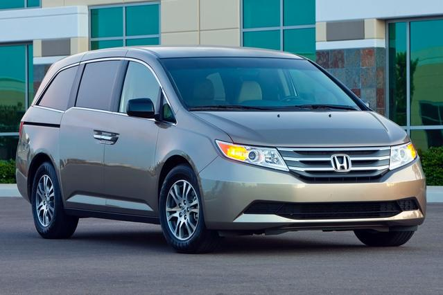 2013 Honda Odyssey EX-L Mini-van, Passenger Slide 0