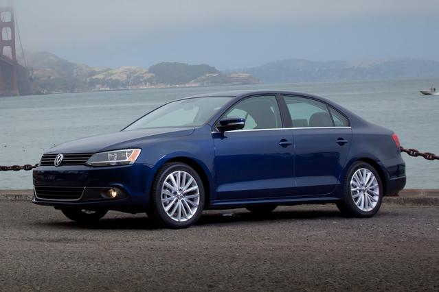 2013 Volkswagen Jetta Sedan SE W/CONVENIENCE Sedan Slide 0
