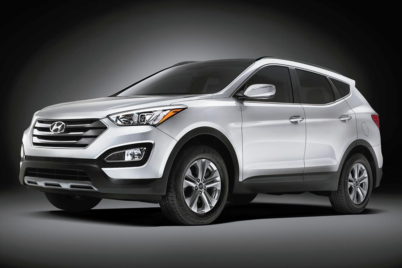 2015 Hyundai Santa Fe Sport 2.4L SUV Slide 0