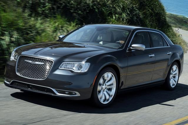 2015 Chrysler 300 LIMITED Slide 0