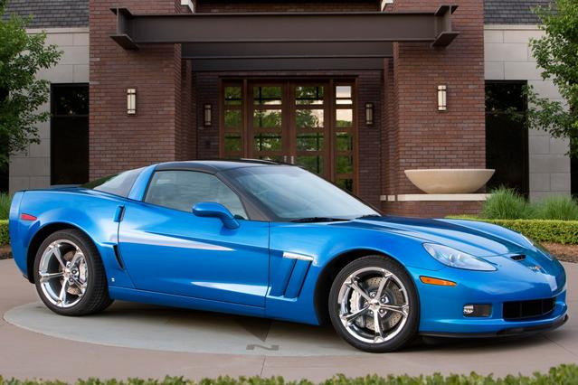 2010 Chevrolet Corvette  2dr Car Slide 0