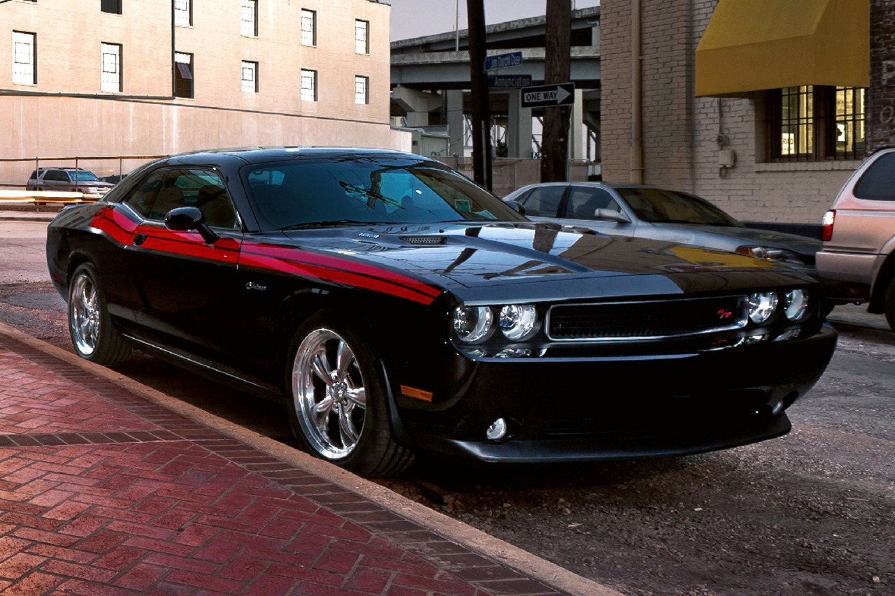 2012 Dodge Challenger SRT8 392 2dr Car Slide 0