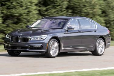 2016 BMW 7 Series 750I Sedan Slide