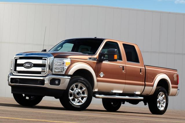 2014 Ford F-350SD LARIAT Crew Pickup Slide 0