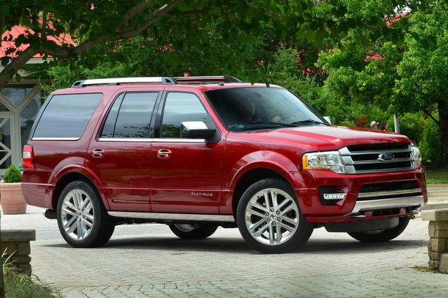 2017 Ford Expedition PLATINUM SUV Slide 0