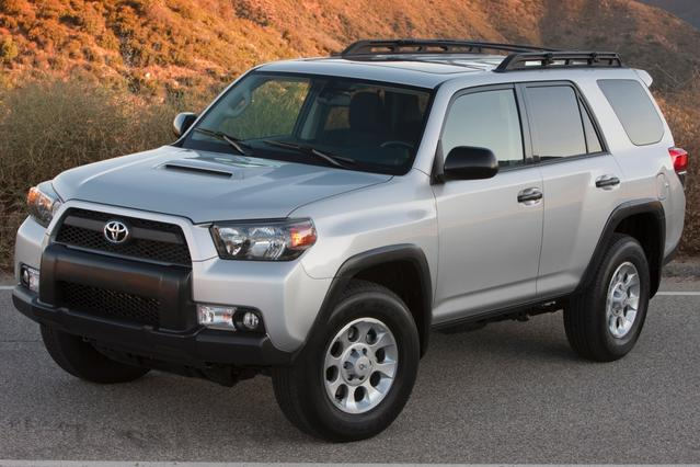 2013 Toyota 4Runner LIMITED SUV Slide 0