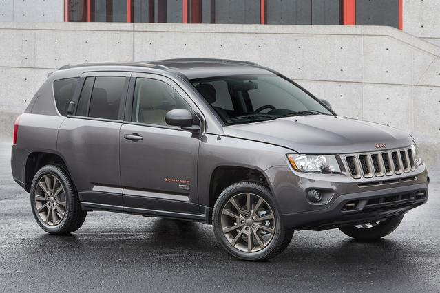 2017 Jeep Compass HIGH ALTITUDE Slide 0