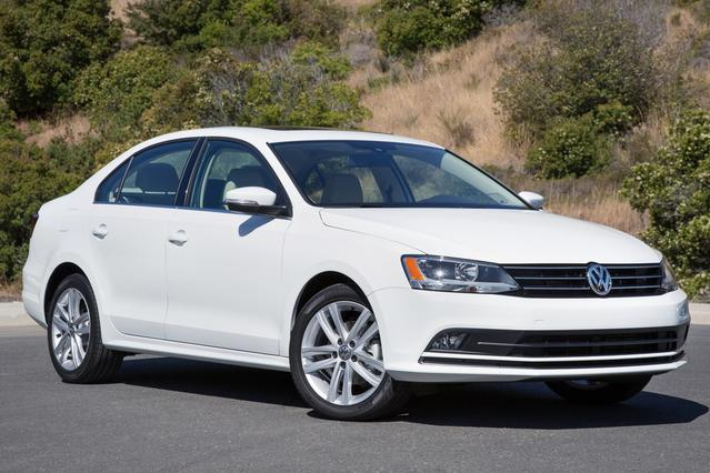 2016 Volkswagen Jetta Sedan  4dr Car Slide 0