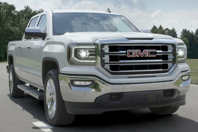 2016 GMC Sierra 1500 DENALI Short Bed Slide 0