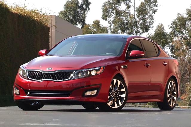 2015 Kia Optima SX 4dr Car Slide 0