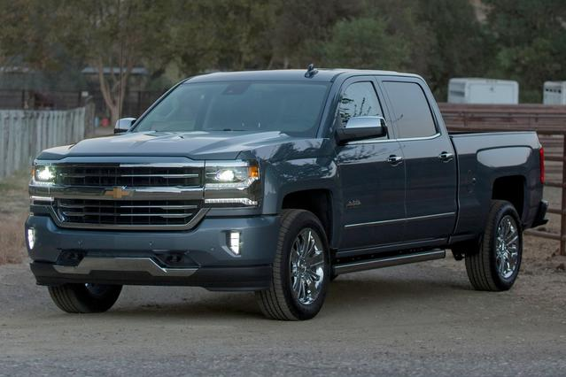 2016 Chevrolet Silverado 1500 HIGH COUNTRY Crew Cab Pickup Slide 0
