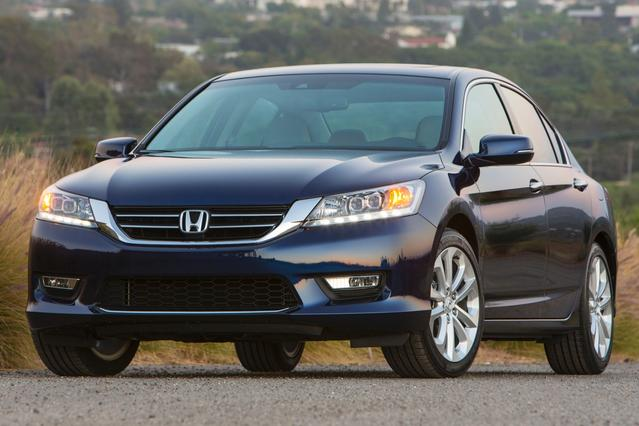 2013 Honda Accord Sdn LX 4dr Car Slide 0