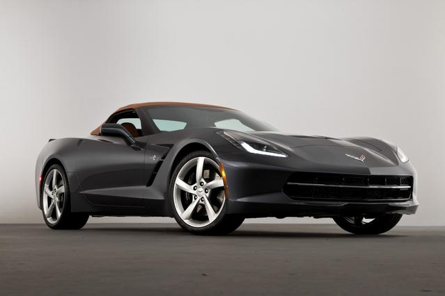 2016 Chevrolet Corvette STINGRAY Z51 2dr Car Slide 0
