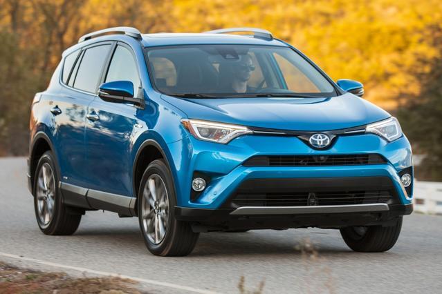 2016 Toyota Rav4 Hybrid XLE SUV Slide 0
