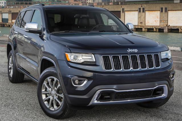 2016 Jeep Grand Cherokee LIMITED SUV Slide 0