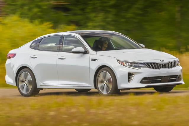 2016 Kia Optima SX TURBO 4dr Car Slide 0