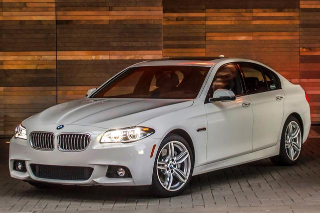 2015 BMW 5 Series 528I 4dr Car Slide 0