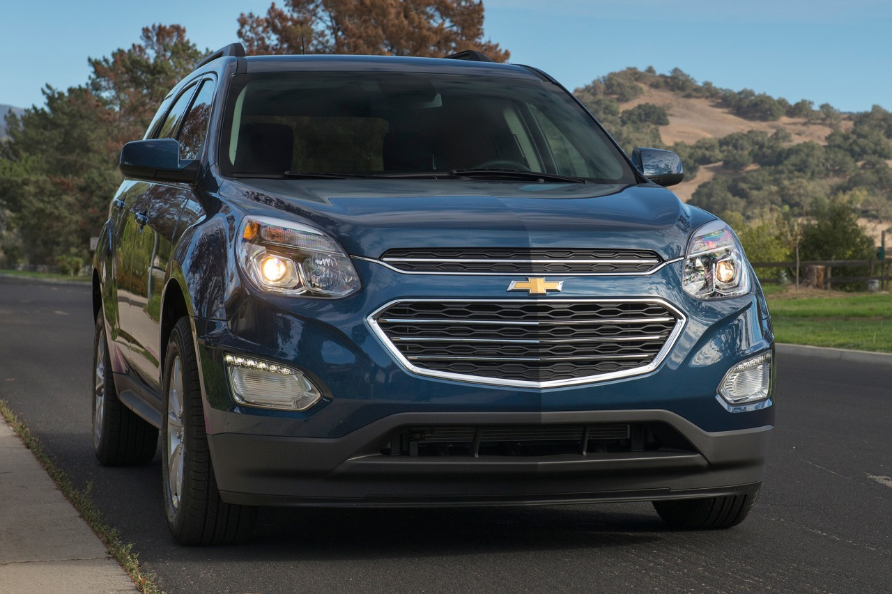 2016 Chevrolet Equinox LS Slide 0