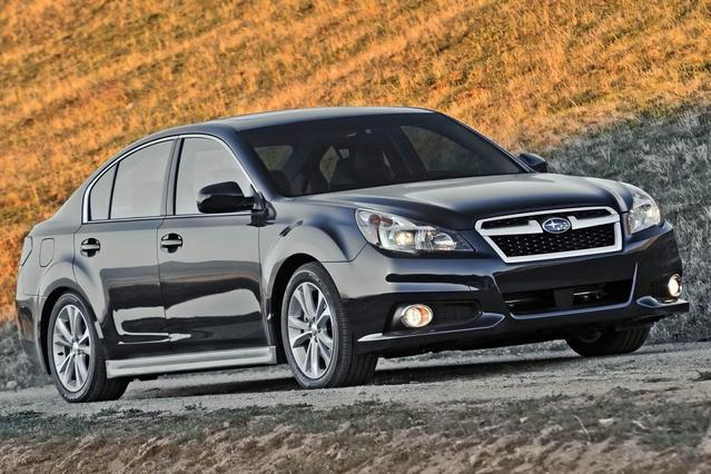 2013 Subaru Legacy 2.5I 4dr Car Slide 0