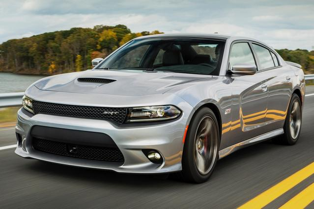 2015 Dodge Charger RT 4dr Car Slide 0