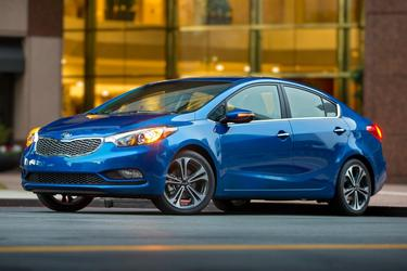 2016 Kia Forte LX 4dr Car Slide 0