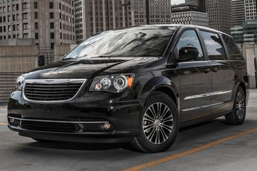 2016 Chrysler Town & Country TOURING-L ANNIVERSARY EDITION Minivan Apex NC
