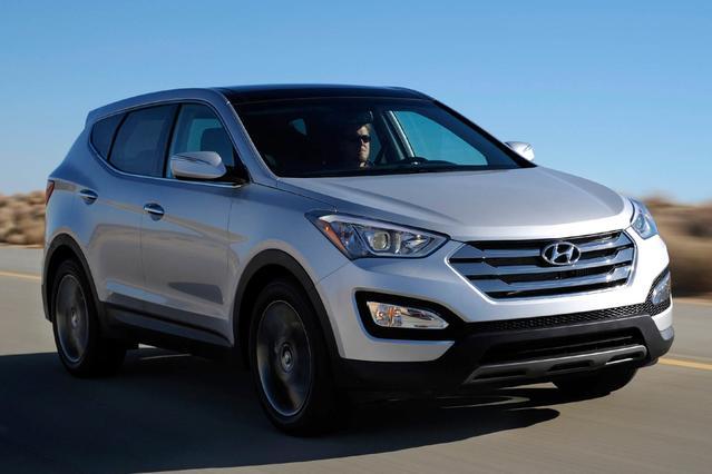 2015 Hyundai Santa Fe Sport FWD 4DR 2.0T SUV Slide 0