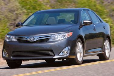2014 Toyota Camry L/LE/XLE/SE/SE SPORT 4dr Car