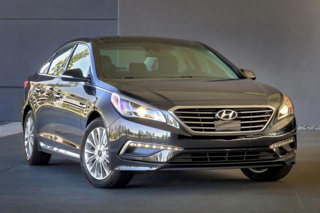 2015 Hyundai Sonata 4DR SDN 2.0T SPORT *LTD AVAIL* Clinton NC