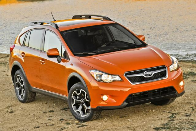 2015 Subaru Xv Crosstrek LIMITED SUV Slide 0