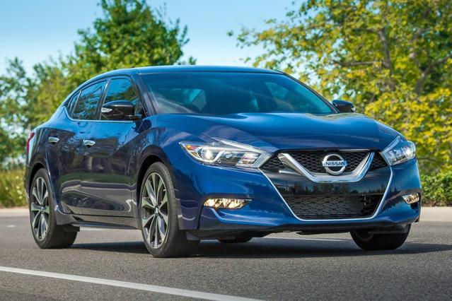 2016 Nissan Maxima 3.5 S Slide 0