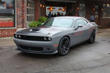 2017 Dodge Challenger SXT PLUS Coupe Slide