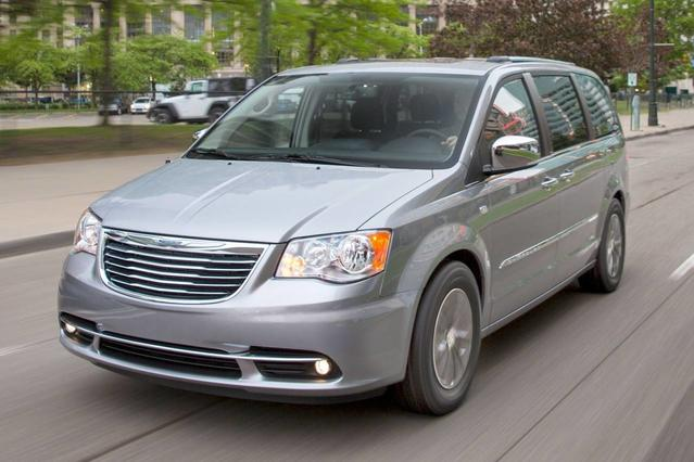 2016 Chrysler Town & Country TOURING Mini-van, Passenger Slide 0