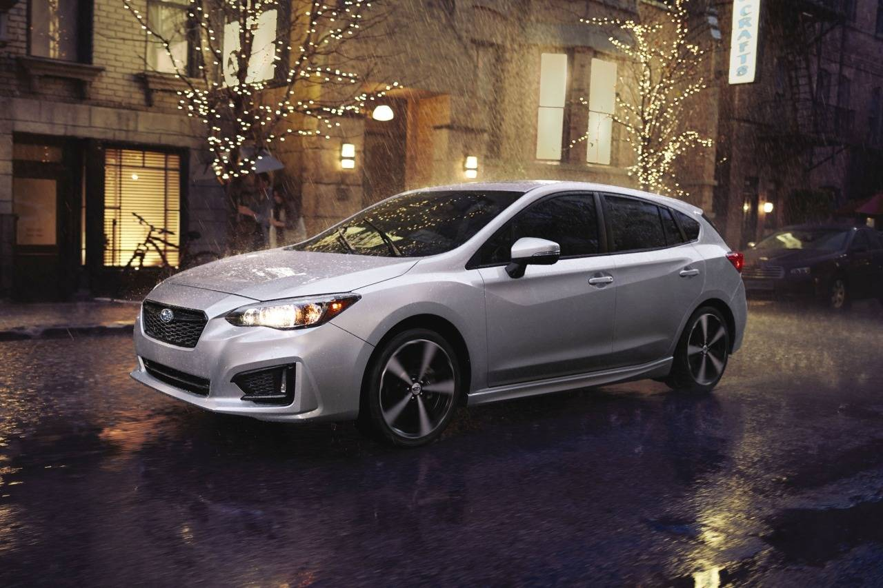 2017 Subaru Impreza SPORT Hatchback Slide 0