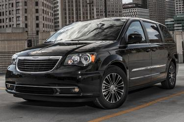 2013 Chrysler Town & Country TOURING-L Minivan Merriam KS