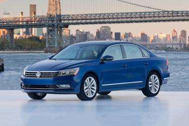 2017 Volkswagen Passat 1.8T S Sedan Merriam KS
