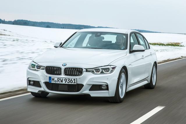 2017 BMW 3 Series 330E IPERFORMANCE 4dr Car Slide 0