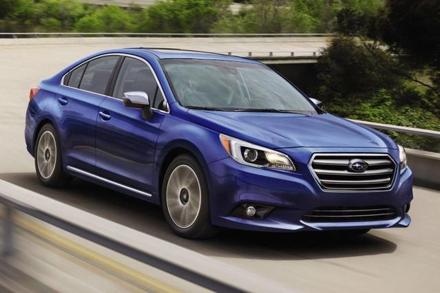 2017 Subaru Legacy 2.5I 4dr Car Slide 0