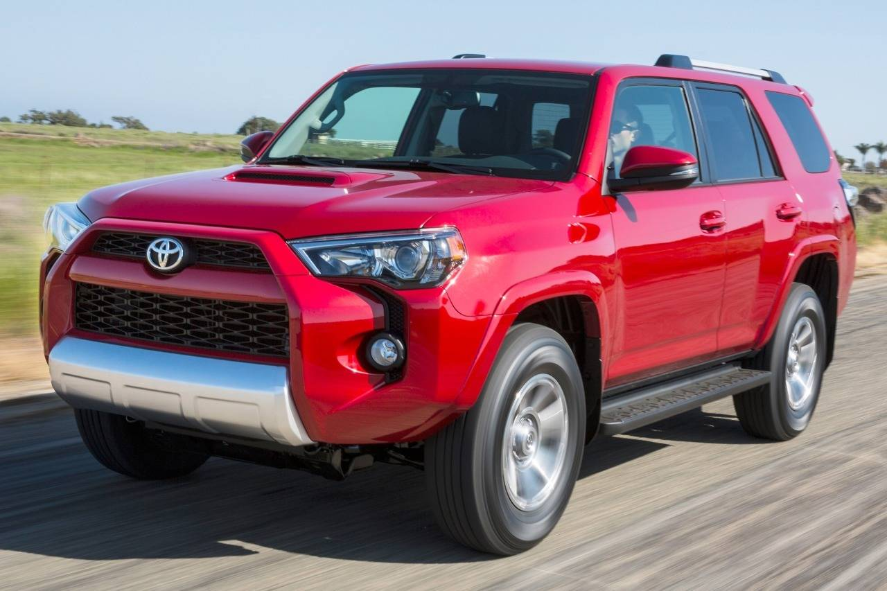 2015 Toyota 4Runner SR5 Slide 0