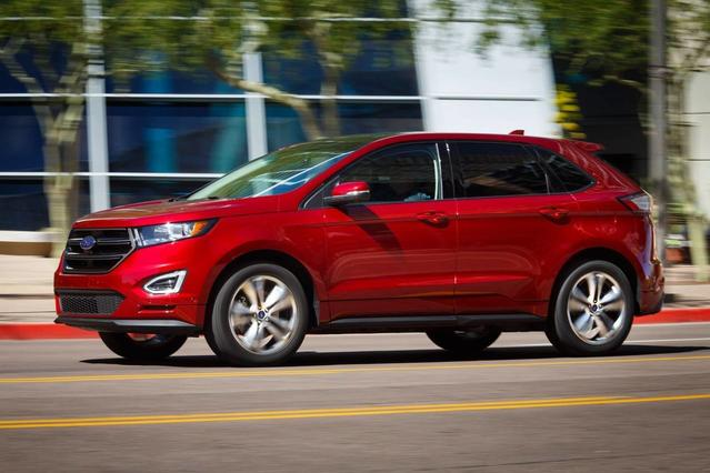 2017 Ford Edge SEL SUV Slide 0