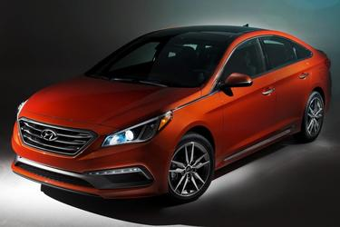 2017 Hyundai Sonata LIMITED 4dr Car Slide 0