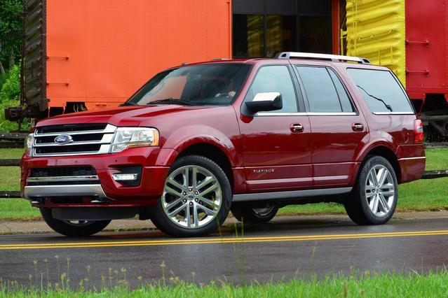 2016 Ford Expedition El XLT Sport Utility Slide 0