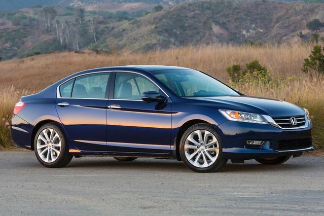 2014 Honda Accord Sedan EX 4dr Car Slide 0