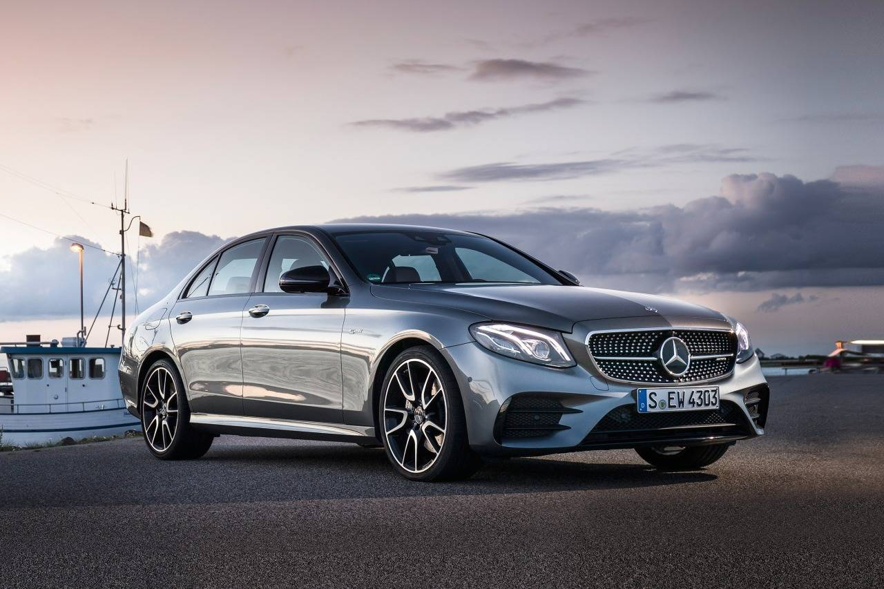 2017 Mercedes-Benz E-Class E 300 4dr Car Slide 0
