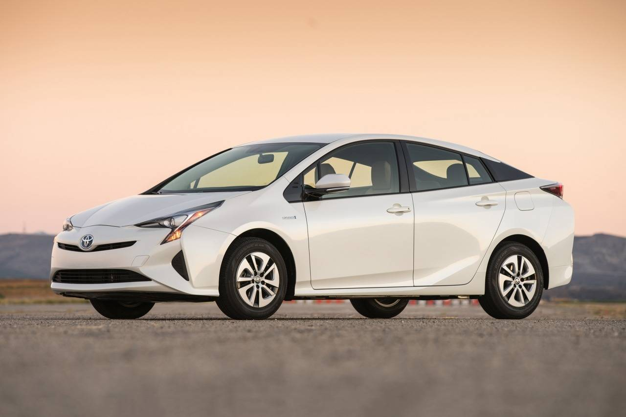 2017 Toyota Prius TWO Two 4dr Hatchback Slide 0