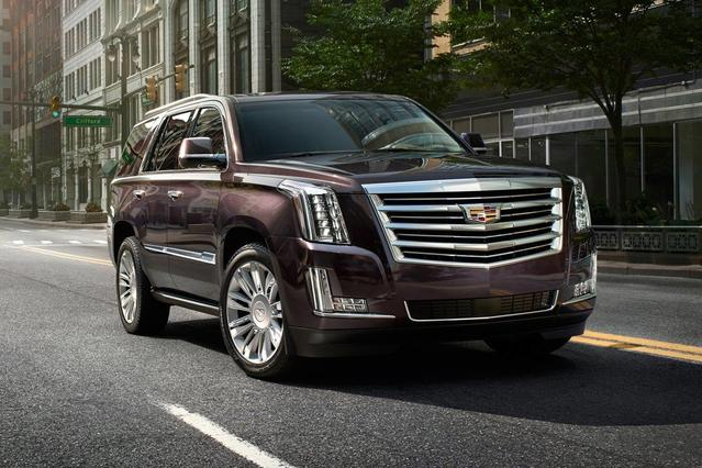 2017 Cadillac Escalade LUXURY Slide 0