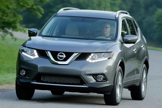 2016 Nissan Rogue S Sport Utility Slide 0